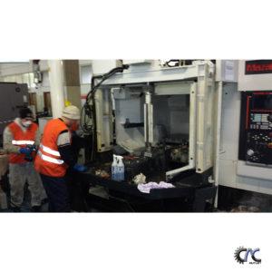 LUCRARI DE CURATIRE SI MENTENANTA CENTRU DE FREZAT CU CNC - MAZAK VARIAXIS 630 -5X 35